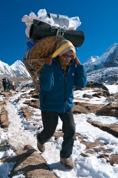 sherpa-everest-trek-nepal